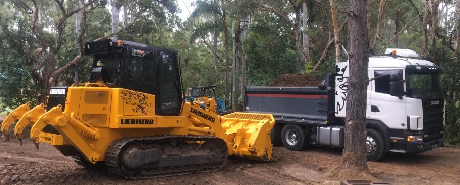 Bobcat Hire Brisbane Logan Ipswich Truck Hire Top soil Drott